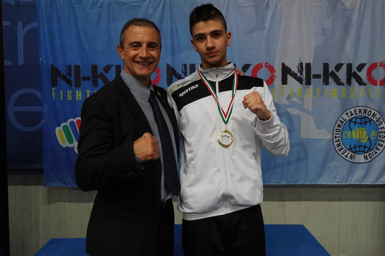 arti-marziali-impresa-di-massimo-caiazzo-nei-campionati-assoluti-di-taekwondo