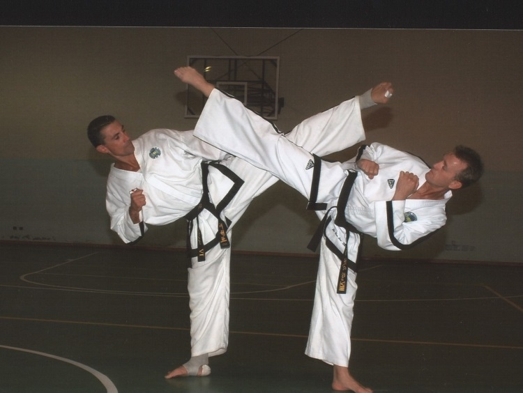 l-intervista-carmine-caiazzo-un-campione-senza-tempo-devo-quello-che-sono-a-mio-padre-il-taekwondo-e-uno-stile-di-vita-che-ti-accompagna-tutta-la-vita