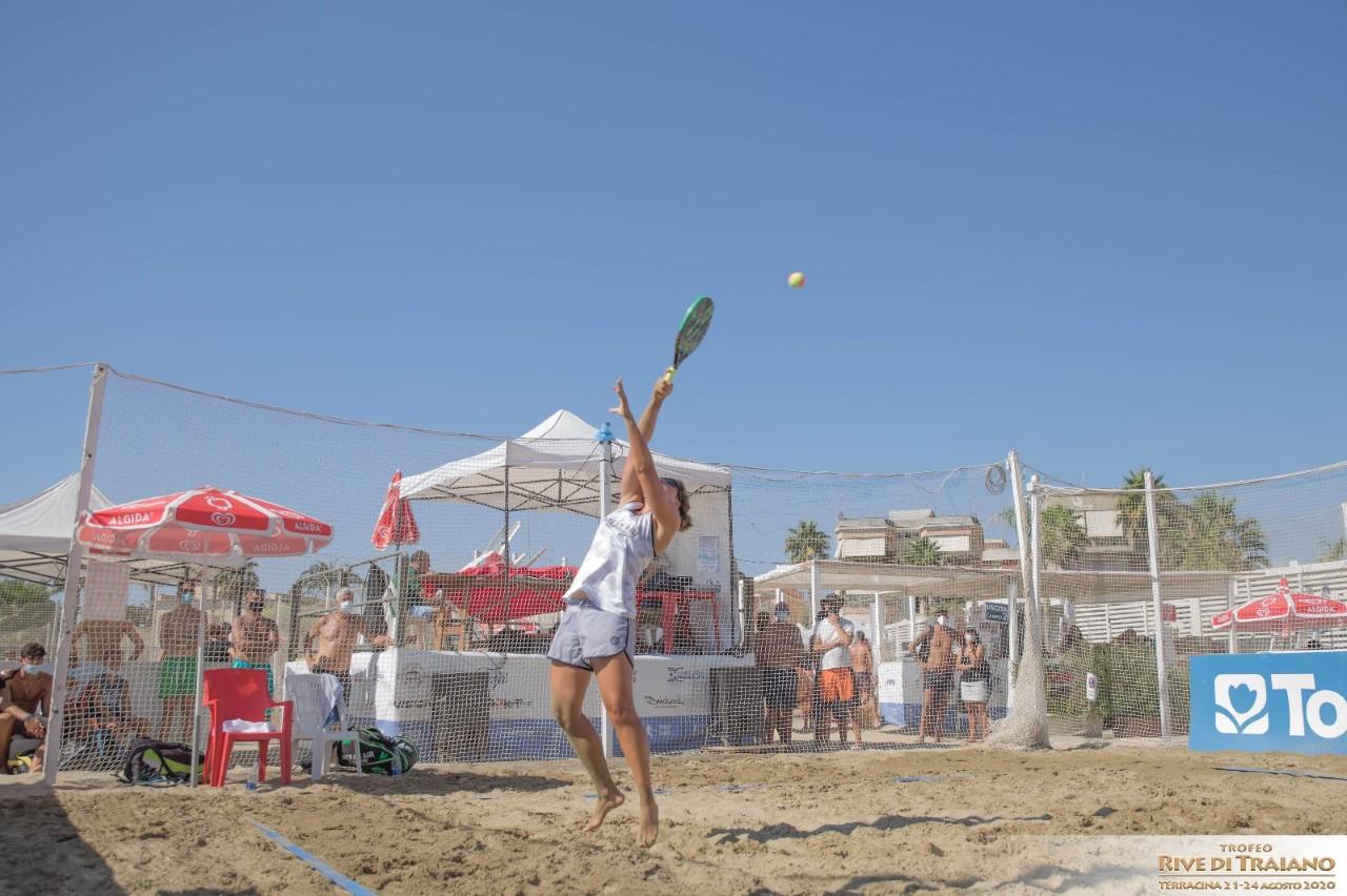 trofeo-rive-di-traiano-flaminia-daina-e-tommaso-giovannini-dominano-la-scena-nel-beach-tennis