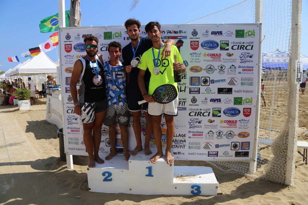 beach-tennis-inizia-lo-spettacolo-benussi-beccaccioli-e-chubarova-lamenetckaia-subito-a-segno-nei-tornei-inaugurali