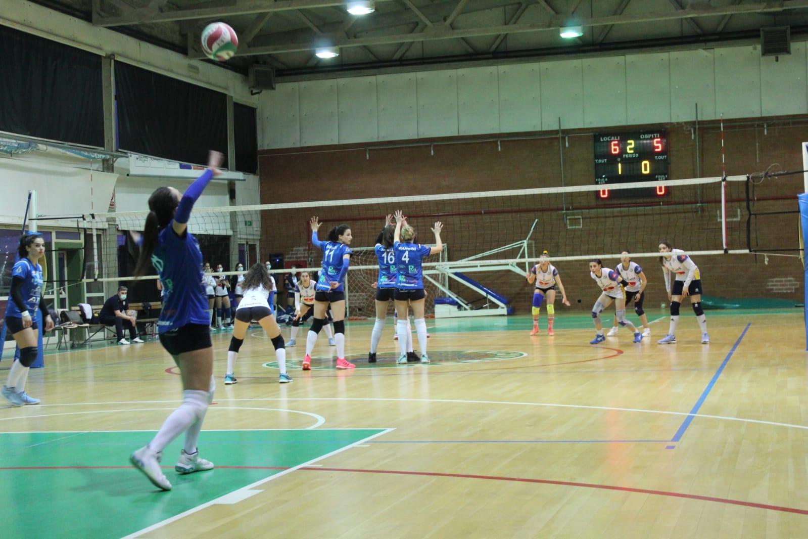 serie-c-la-volley-terracina-guarda-ai-play-off-dopo-il-derby