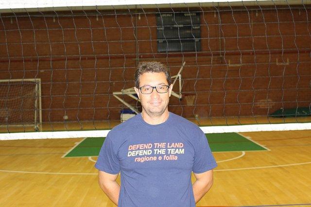 volley-terracina-il-preparatore-atletico-marrone-a-tutto-campo-inizio-incoraggiane-le-ragazze-pronte-per-una-grande-stagione