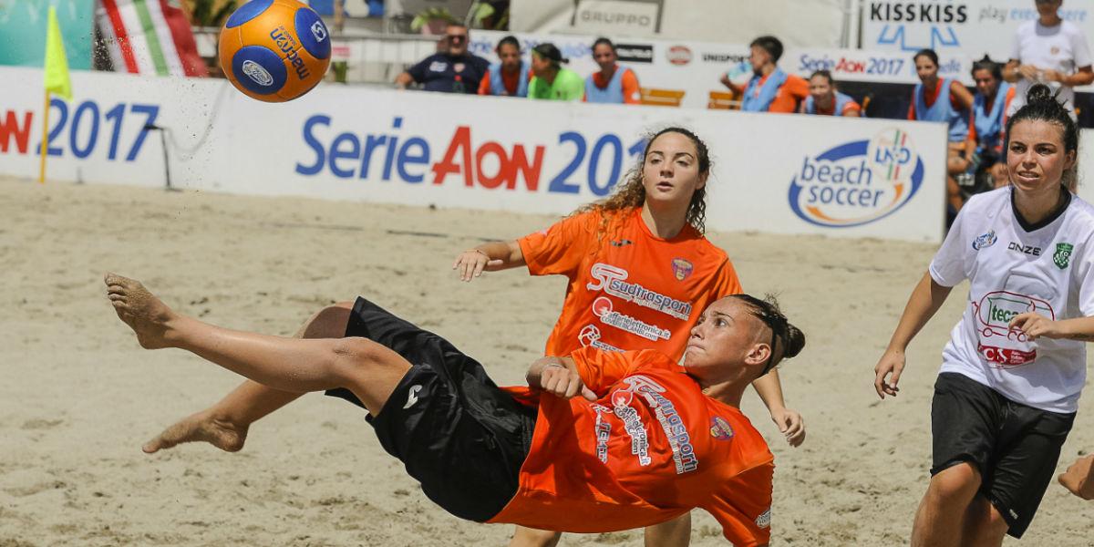 beach-soccer-femminile-una-tappa-e-solo-quattro-squadre-per-decidere-il-campionato-la-sconfitta-della-lnd